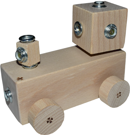 Locomotive the wooden toy by WoodFormers